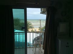 Pattaya Beach Front (35).JPG