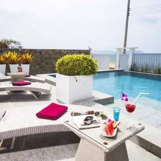 Luxury Beach front Pool villa Na Jomtien (2).jpg