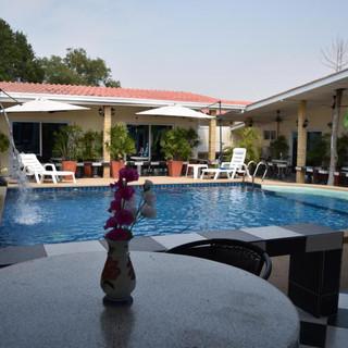 10 Room Pool Villa Na Jomtien (26).jpg