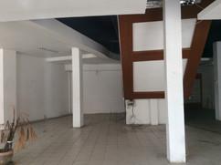 Large building for rent (5).JPG