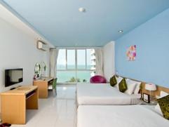 Beach Front Hotel (6).jpg