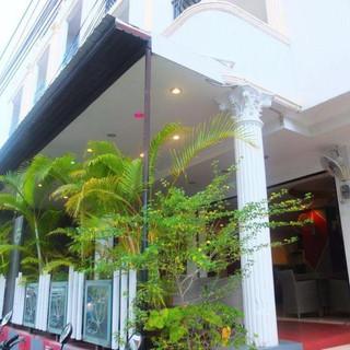 Hotel for sale Pratumnak (12).jpg