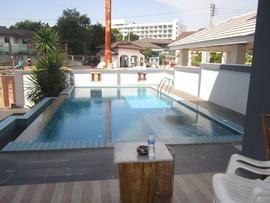 5 Bedroom Pool House 172B (8).JPG