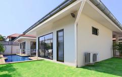 2 Bedroom Pool villa (3).jpg