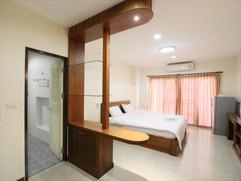 68 Room hotel for rent (12).jpg