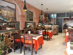 Restaurant near beach (19).jpg