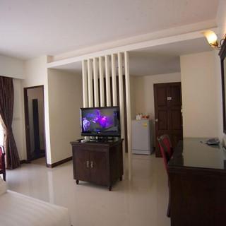 66 Rooms Beachfront Hotel (21).jpg