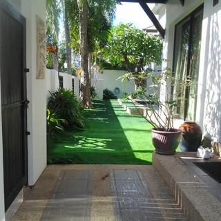 12.95m THB 3 Bedroom Pool Villa North Pattaya (9).jpg