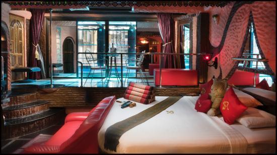 Hotel for  Sale Pattaya (16).jpg
