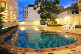 Cosy Beach 77 Room Resort Hotel (2).jpg