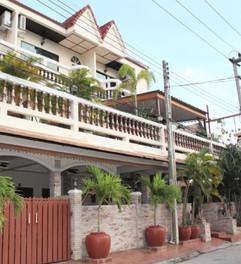 16 Room Hotel Jomtien (23).jpg