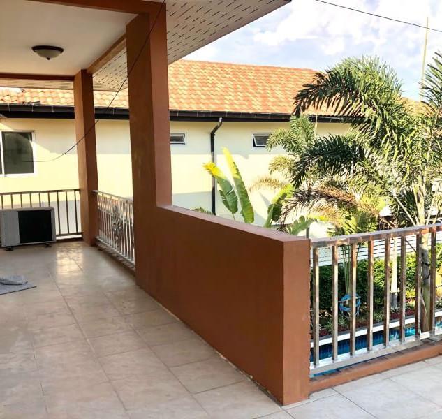 Center Pattaya 5 Bedroom Pool Villa (7).