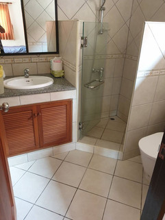 3 Bedroom Pool Villa Jomtien (8).jpg