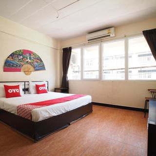 15 Room Guesthouse Jomtien (18).jpg