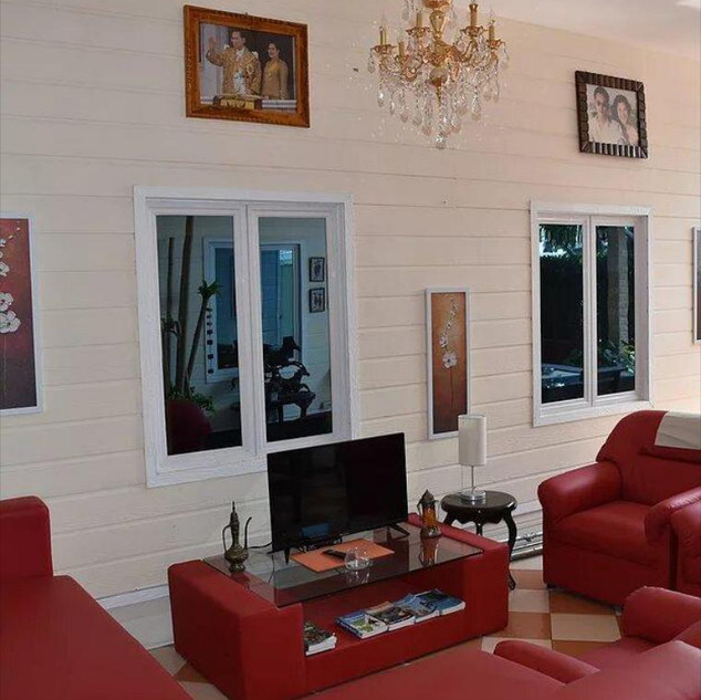 10 Room Pool Villa Na Jomtien (15).jpg