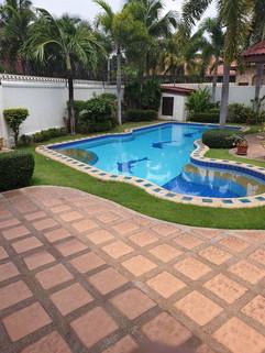 3 Bedroom Pool Villa Jomtien (11).jpg