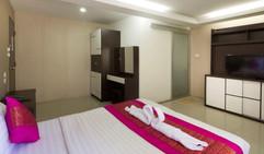 24 Room Hotel for Rent (87).jpg