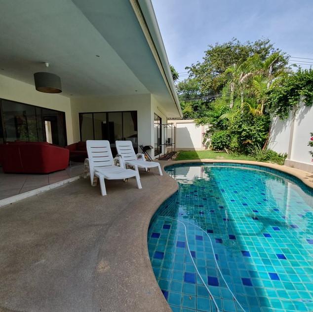 Pratumnak Avoca Garden Pool Villa Resale