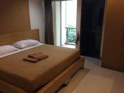Soi Honey Massage shop Guesthouse (7).JP