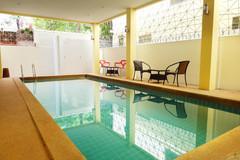 Pattaya Center 24 Room Hostel (18).jpg