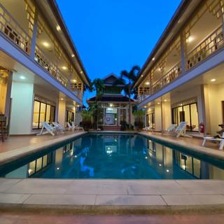 19 Room Resort (18).jpg
