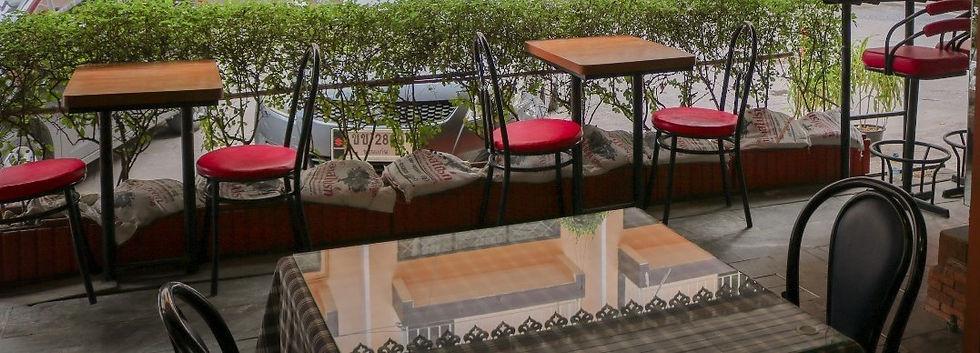 Max Restaurant_210601_2 - Copy.jpg