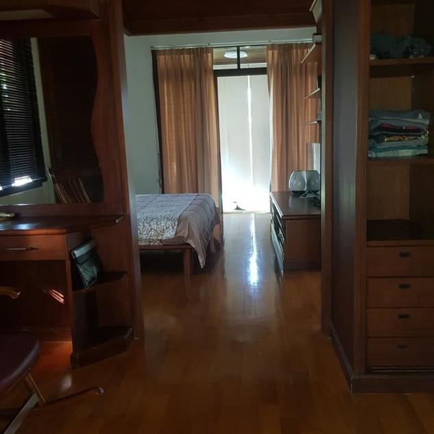 Jomtien 5 Bedrooms Pool Villa Sale  (14)