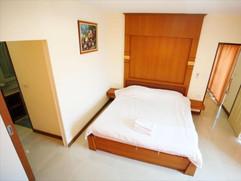 68 Room hotel for rent (15).jpg