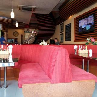Jomtien Pub Restaurant + 6 Rooms (9).jpg