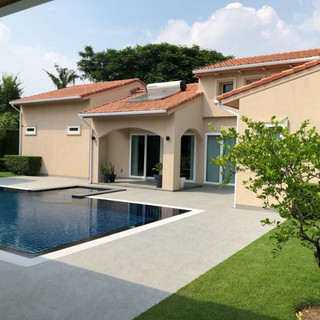 East Pattaya Luxurious Pool Villa  (3).j
