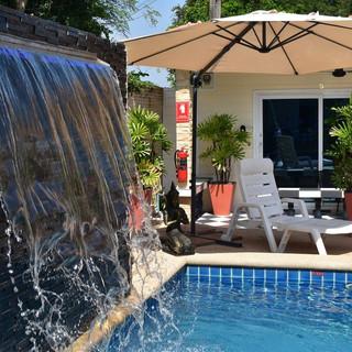 10 Room Pool Villa Na Jomtien (29).jpg