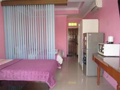 50 Room resort Jomtien (5).JPG