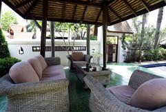 Jomtien 4 Bedrooms Pool Villa Sale (7).j