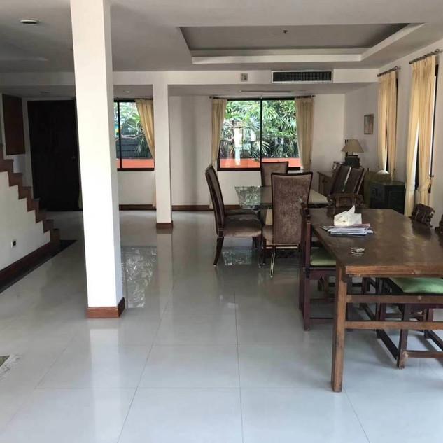 Pool House Pattaya City (2).jpg