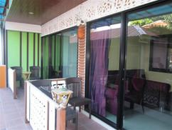 50 Room resort Jomtien (8).JPG