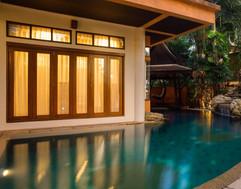 Luxurious Pool Villa (7).jpg