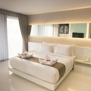 109 Rooms Hotel Beach Front (30).jpg
