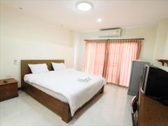68 Room hotel for rent (11).jpg