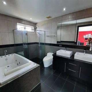 Modern 5 Bedroom Pool Villa in Village for Sale (3).jpg
