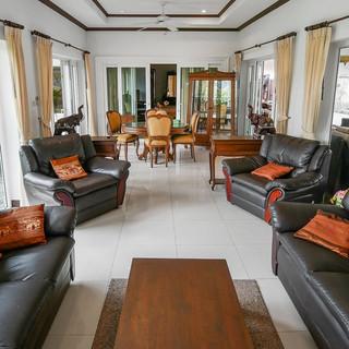 5 Bedroom Pool Villa East Pattaya (19).j