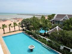 Beach Front Hotel (15).jpg