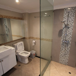 Luxurious Hotel Building for Sale   (8).