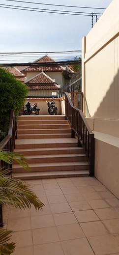 Pratumnak Townhome in Village (34).jpg