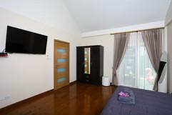 Jomtien 4 Bedrooms Pool Villa Sale (25).