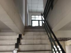 Large building for rent (19).JPG