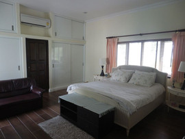 East Pattaya 3 Bedroom Pool Villa for Sa