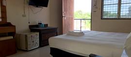 50 Rooms Resort (117).jpg