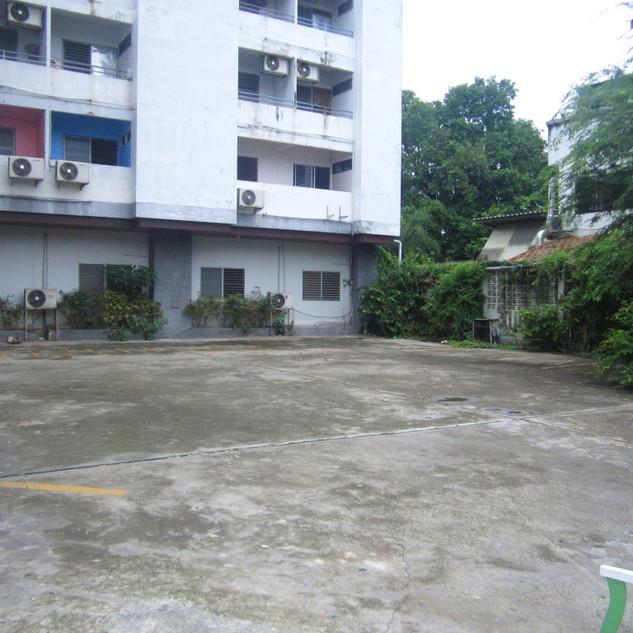 To Renovate 100 Rooms Building (13).JPG
