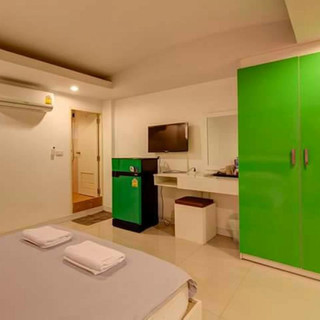 18 Rooms hotel with lift (11).jpg