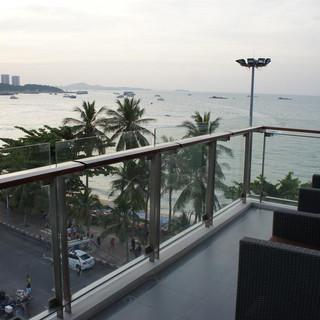109 Rooms Hotel Beach Front (21).jpg